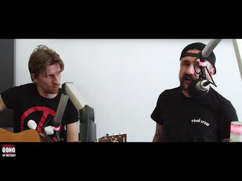 Gong 97.1  | Massive Wagons - Hate Me (acoustic)