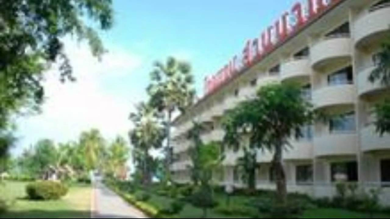 Beach Garden Cha-Am Resort & Spa - YouTube