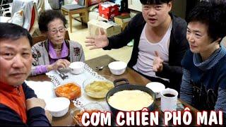 Không có vợ ở bên, Hoon tự mình nấu CƠM CHIÊN PHÔ MAI nhân ngày cha mẹ tại Hàn Quốc