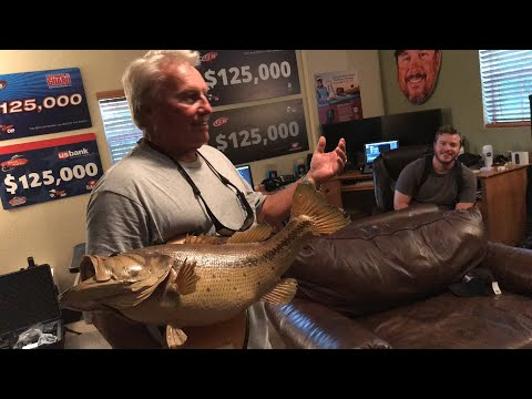Fishing Stories with Roland Martin 🤙🏻