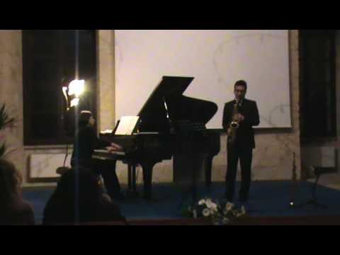Pequeña Czarda By Pedro Iturralde (sax-piano)