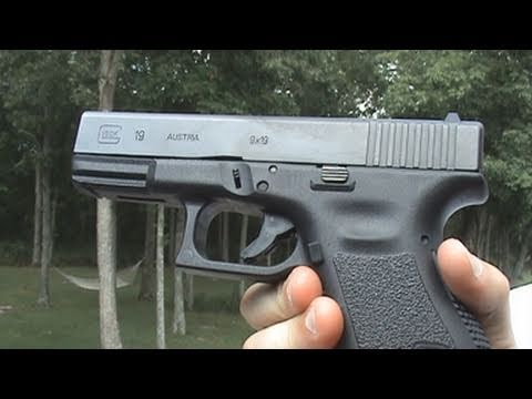 Review Of The Glock 19 9mm Compact Handgun Youtube