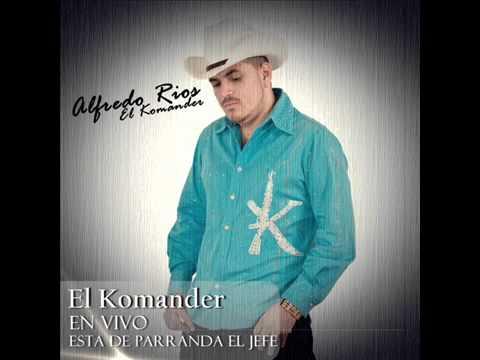 ESTA DE PARRANDA EL JEFE - EL KOMANDER (EN VIVO)
