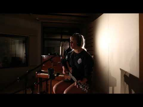 Cassie Henderson - Feeling Whitney (cover)