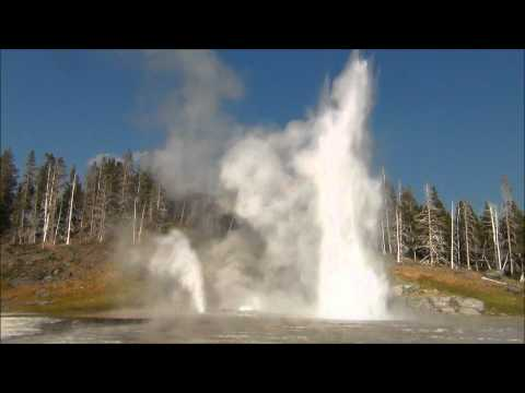 Grand Geyser - the world's tallest predictable geyser. HD video available.