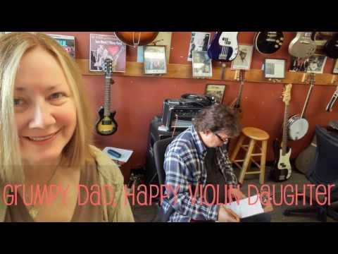 A Daddy & Daughter Challenge #kickinitwithmydad von YouTube · Dauer:  45 Sekunden