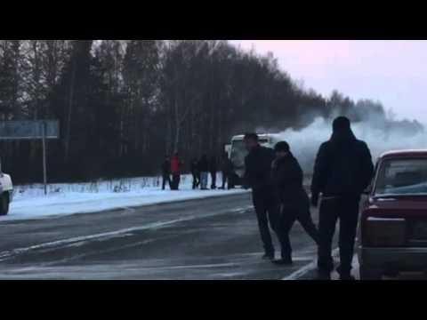 Горит пассажирский маршрутный автобус на 27 километре трассы Йошкар-Ола - Уржум. 4 января