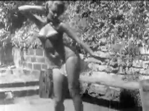 Aquarius vintage erotic dance