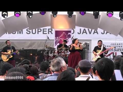 The Extra Large - Bukan Bang Toyib @ JJF 2013 [HD]