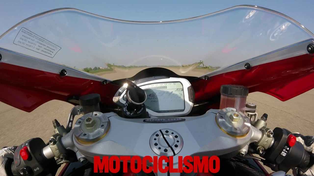 mv agusta f4 rc 2017 0 to top speed acceleration youtube rh youtube com