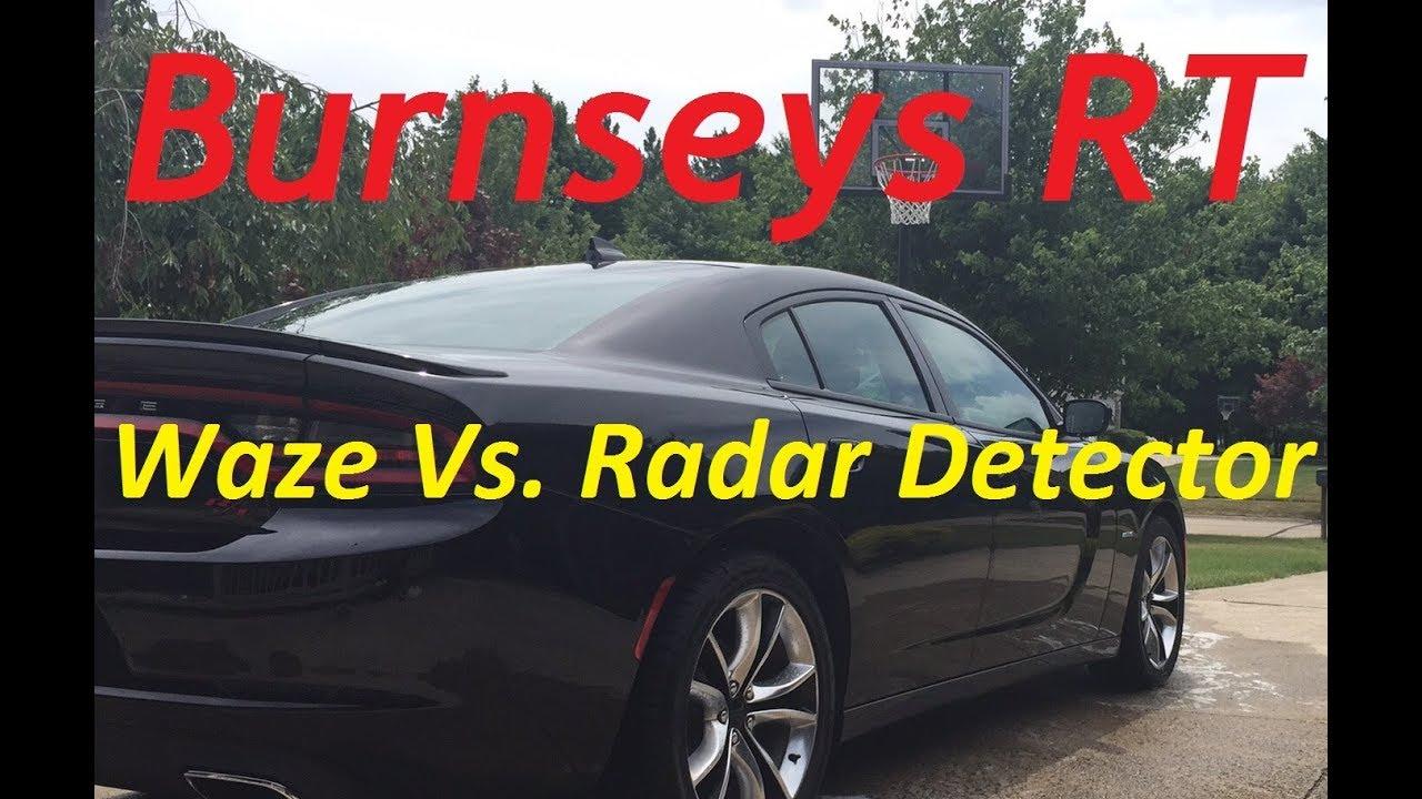 Radar Detector vs  iPhone App WAZE ??