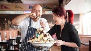 Britain's Biggest Ice Cream Has 21,000 Calories