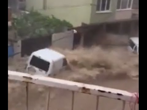 Severe Flooding Sweeps Vehicles Down Izmir Streets, May 20