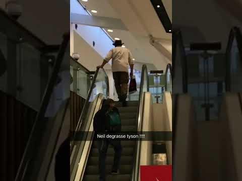 Neil deGrasse Tyson @ Sydney Airport 2017