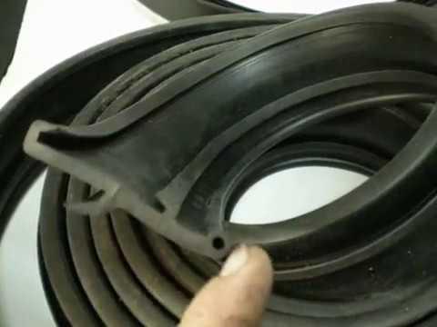 Накладки на арки или резиновый расширитель арок.