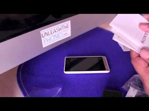 Sony Xperia Miro Unboxing