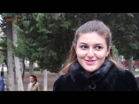 Why do Azerbaijanis use foreign words when speaking?, Baku, March 2017, (into Azerbaijani)