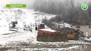 Украинских горнолыжников заставили соревноваться на трассе без снега! - Абзац! -  15.03.2016