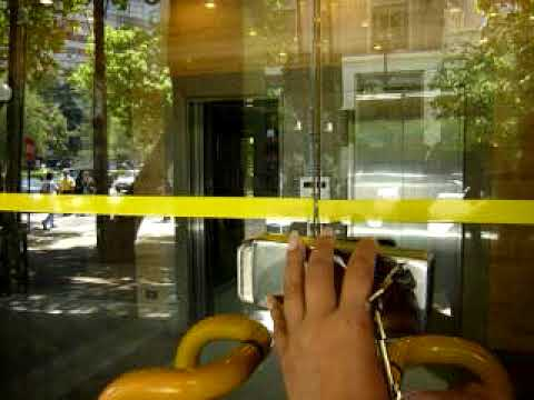 Cerradura flotante para puerta de vidrio youtube for Vidrios decorados para puertas interiores