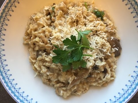 Easy Dinner #2 : Mushroom And Chicken Risotto With Oats (Whole Grain, Healthy SUPER DELICIOUS)