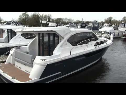 Used Boat: Broom 35 Coupe | Motor Boat & Yachting