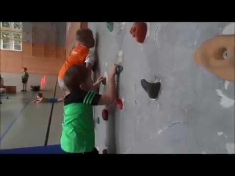 Kinder Sport Dresden zeigt wie Schnelligkeit, Motivation und Selbstvertrauen ausschaut.
