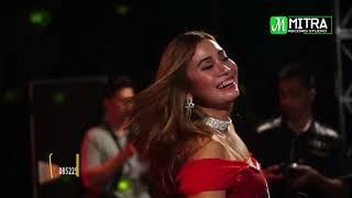 Pose Sexy Evis Renata-SALAM RINDU-Amelia Live Menganti Jepara 2018