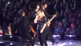 "Kelly Clarkson - ""Since U Been Gone"" (Live in San Diego 8-16-15)"