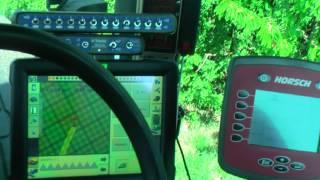 Setí kukuřice Salima, Poděbrady, autopilot Trimble FMX RTK VRS a Field IQ (květen 2012)