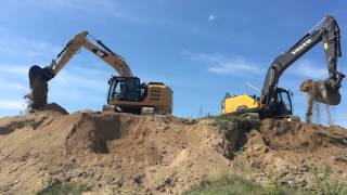 CAT 323E vs. Volvo EC250