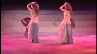 amazing belly dance Two girls amazing cordination belly dance