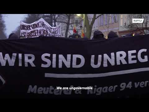 Arrests at protest against eviction of leftist Berlin pub