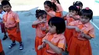 ritual pagi sebelum masuk kelas PG/TK (Dunia anak anak)