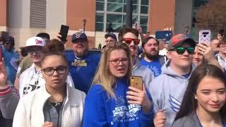 BattleHawks arrive at dome in St. Louis