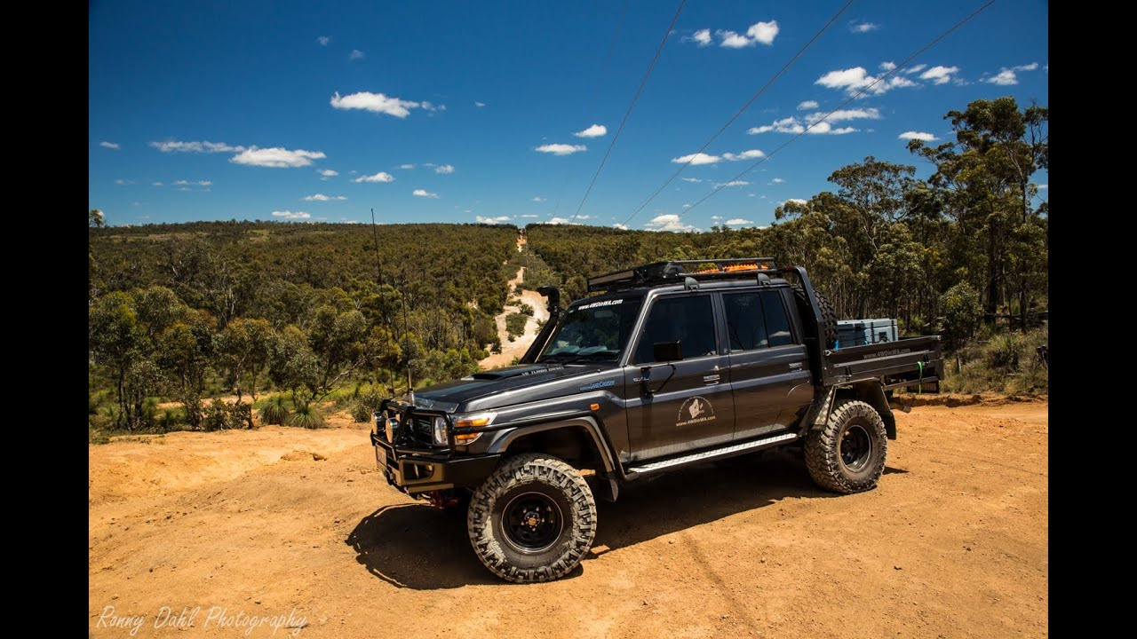 79 Series Dual Cab Landcruiser With 35 S Lifting Wheels