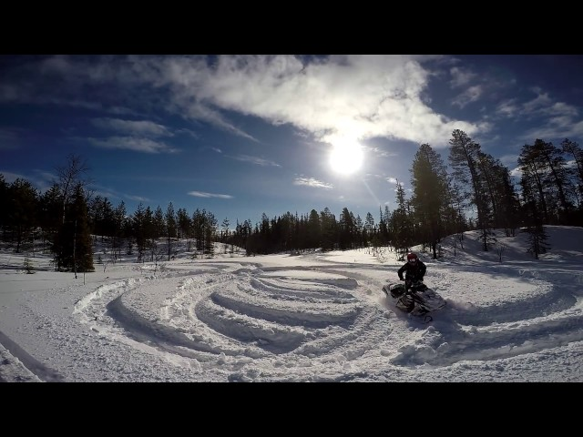 MicroEdit 5 - Snowmobiling in early April