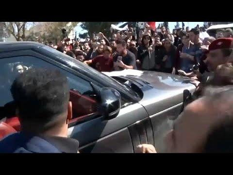 فيديو: الاعتداء على موكب الرئيس العراقي غضباً من غرق عبارة سياحية…  - نشر قبل 10 دقيقة