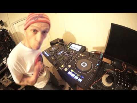 BEGINNER MOBILE DJ TUTORIAL ON MIXING POP MUSIC