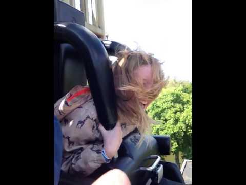 Andrea første tur i det gyldne tårn i Tivoli i København
