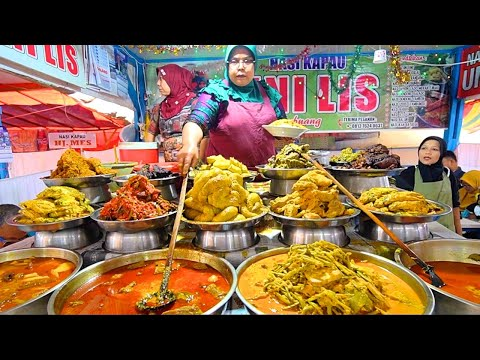 INDONESIAN STREET FOOD - Bukittinggi's BEST Street Food Guide! CRAZY Minang Food in West Sumatra!