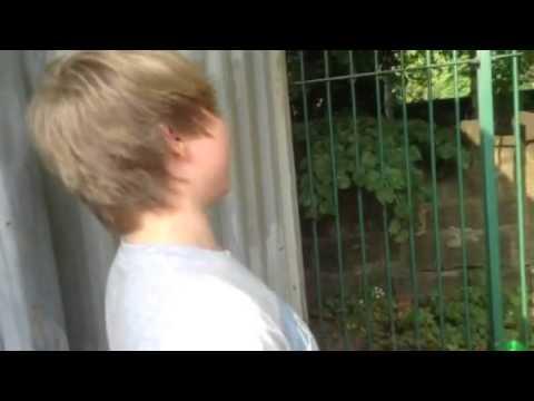 Dirty Magaluf: Piss Baby Piss - junge Urlauberin soll auf Freund pinkeln from YouTube · Duration:  1 minutes 8 seconds