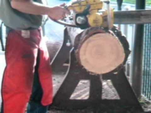 The chainsaw guy log testing McCulloch D44 Chainsaw 5 19.AVI