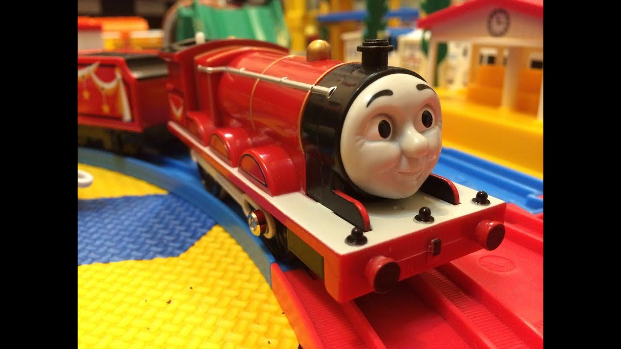 【trem de brinquedo】 - Thomas e Seus Amigos Amusement freight car set and  James 00004 pt