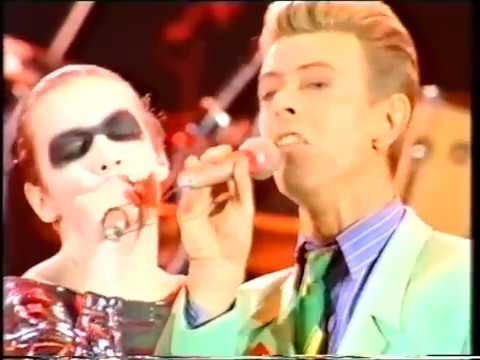 Queen  Annie Lennox  Under Pressure