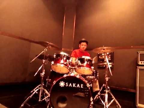 キッスのその2「ストラッター」(ドラム)