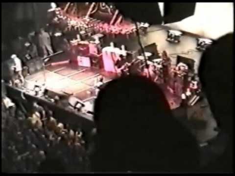 Pearl Jam - 1996-10-01 Marine Midland, Buffalo, NY