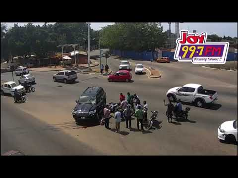 Video of a live accident in Accra.