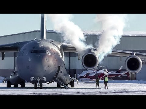 SMOKY COLD START | RCAF CC-177 Globemaster III [177701] Departing Calgary Airport