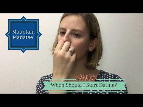 should i start dating after college