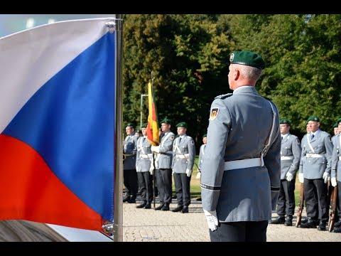Military honours for the Czech president Miloš Zeman